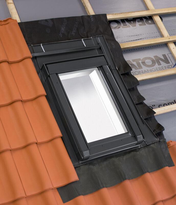Hőszigetelt tetőkibúvó ablak 55 x 78  cm